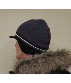 Kootud talvemüts nii naistele kui meestele