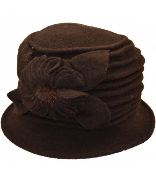 Stiilne kübar naistele