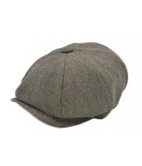 Klassikalises stiilis nokaga müts